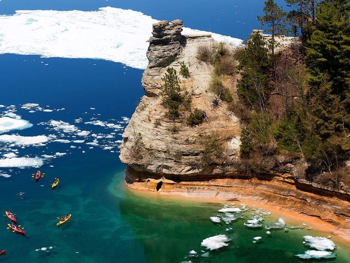 Michigan: Pictured Rocks National Lakeshore.