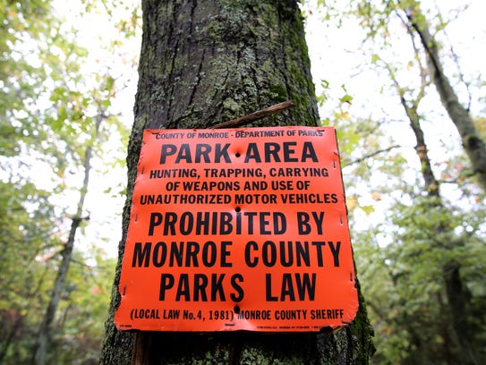 Monroe County sign in Mendon Ponds Park.