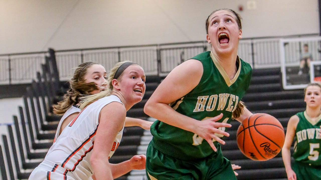 Howell girls' basketball players and coach Tim Olszewski talk about their lofty goals for the 2017-18 season and about the motivation they have after going 0-4 against rival Hartland last season.