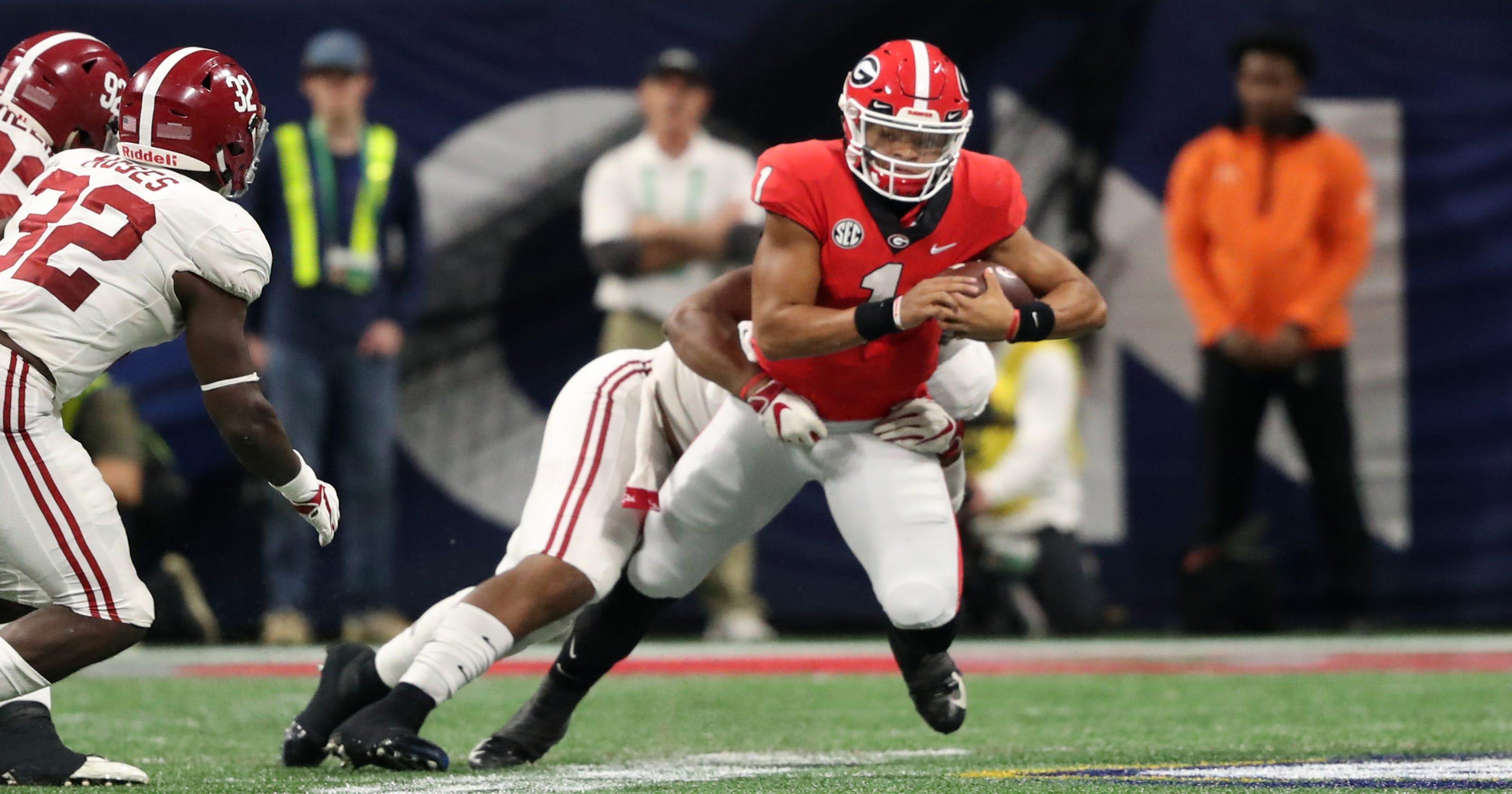 Justin Fields to transfer from Georgia after freshman season