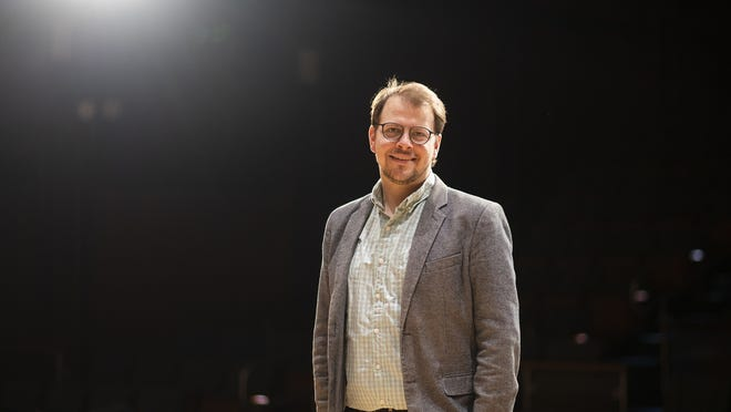 Bradford Dumont, new artistic director of the Salisbury Singers.