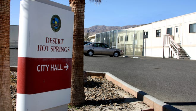The Desert Hot Springs city council advanced an ordinance which would allow medical marijuana cultivators to manufacture as well.