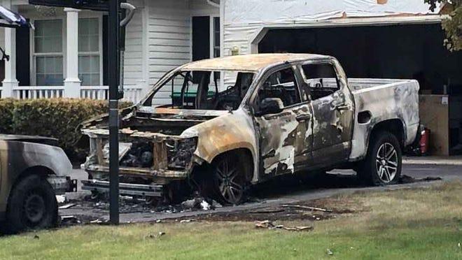 Monroe County Sheriff's vehicles set on fire