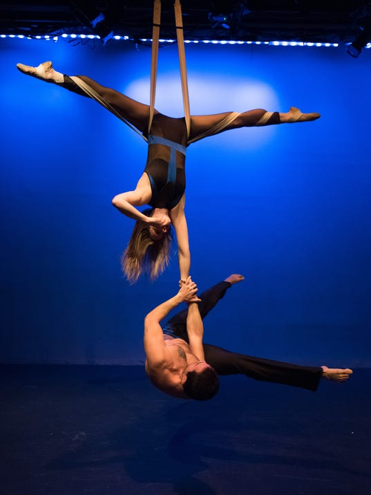 635761859030954320-Circus-Latino-5