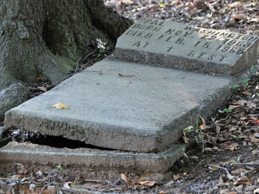 Lincoln cemetery.jpg