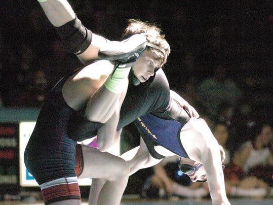 -DCA 2715 wrestling.JPG_20150206.jpg