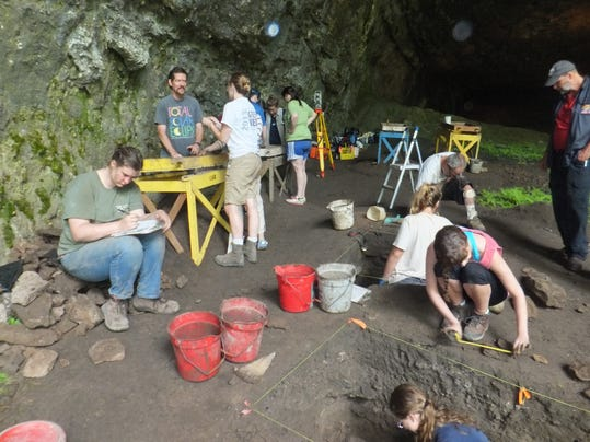 Smallin Cave 2.JPG