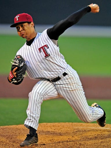 Tullahoma's Justus Sheffield throws a pitch against Shelbyville at Hawkins Field in Nashville, Tenn., Monday, April 7, 2014.