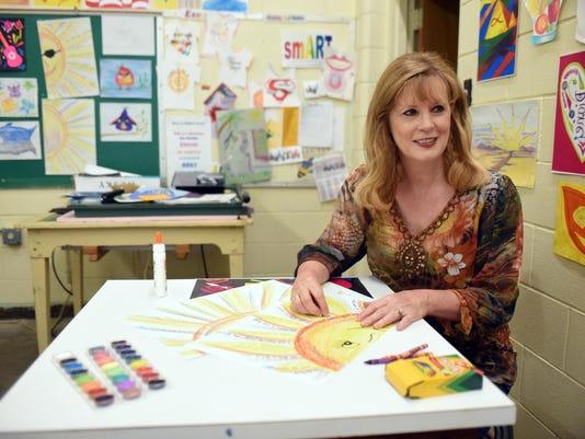 Diane Ellzey Art Teacher 4.jpg