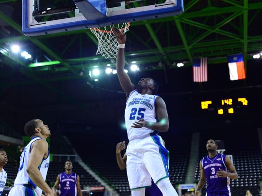 Forward Rashawn Thomas is averaging 14 points and 8.1 rebounds for Texas A&M-Corpus Christi.