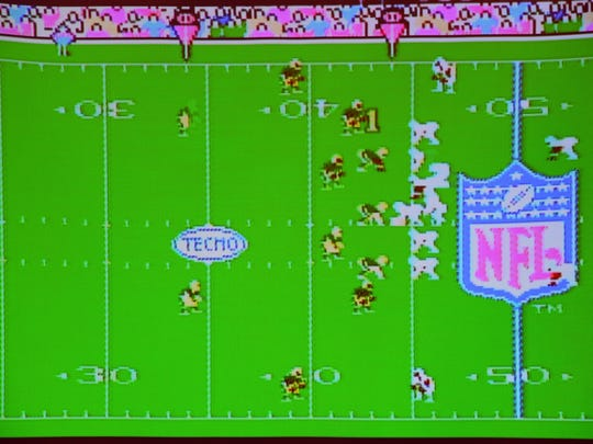 Screen Shot of the Tecmo Super Bowl game.