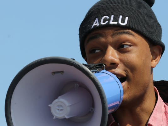 Students march on Columbine anniversary