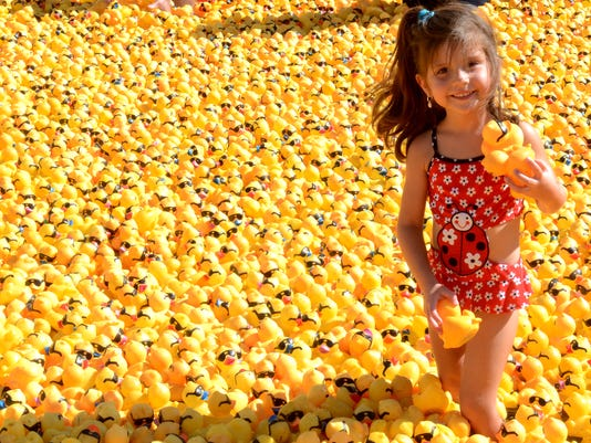 REN Duck race