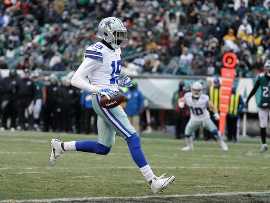 Dallas Cowboys' Brice Butler scores a touchdown during the second half of an NFL football game against the Philadelphia Eagles, Sunday, Dec. 31, 2017, in Philadelphia. (AP Photo/Chris Szagola)