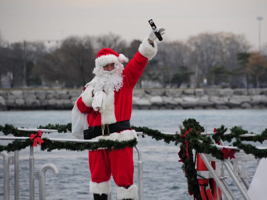 Santa Claus gets a ride on the St. Clair River aboard