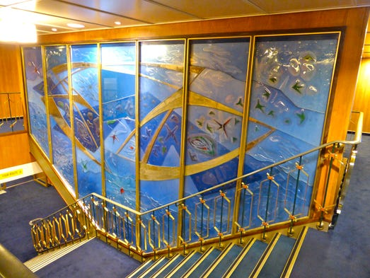 La croisiere, les navire...d'Hier 635691020321774290-034-ssrotterdamstairs-top