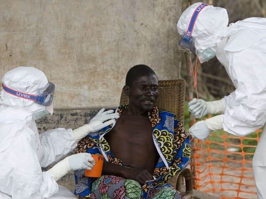 2014 402406780-Ebola_Treatment_LON130_WEB374301.jpg_20140801.jpg
