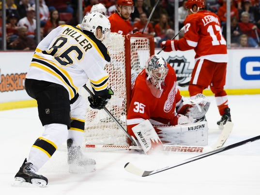 4-2-14 red wings bruins