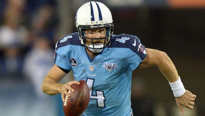 Titans quarterback Ryan Fitzpatrick threw for 320 yards and two touchdowns Sunday against the Raiders.