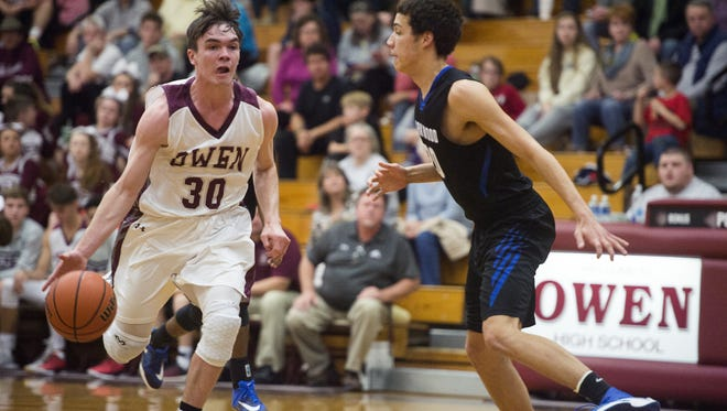 Ben Craig (30) and Owen defeated Parkwood in Tuesday's first round of the NCHSAA 2-A boys basketball playoffs.