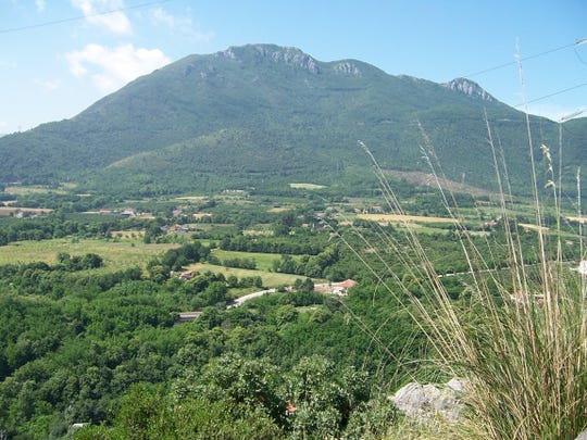 Looking across the Liri Valley to the east side of Monte la Difensa near Mignano Monte Lugo, north of Naples, Italy.