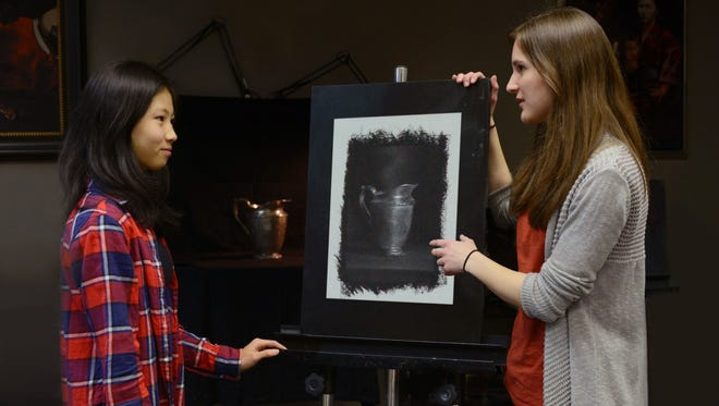 New to the North County (Clinton) Library Makers Day this year, artist Zoe Zylowski (r), part-owner of the Hunterdon Art Academy in Clinton, is developing plans to teach still life charcoal drawing to Makers Day participants. The Art Academy offers youth and adult lessons in charcoal drawing and oil painting, with a focus on foundational and technical fine art skills.