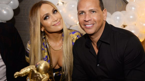 Jennifer Lopez shares backstory for how Alex Rodriguez became a meme at VMAs