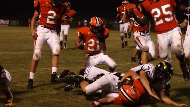 The South Gibson Hornets are looking for their first playoff win after making the playoffs the past three seasons.