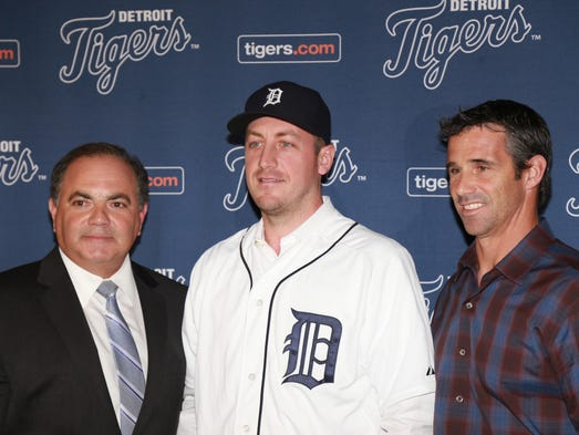 Detroit Tigers GM Al Avila (left) and Detroit Tigers