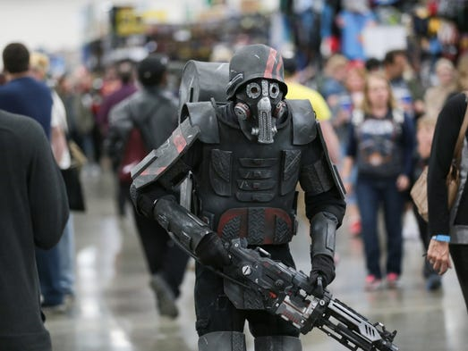 Marching to the beat of a different cosplay at motor city for Motor city comic con