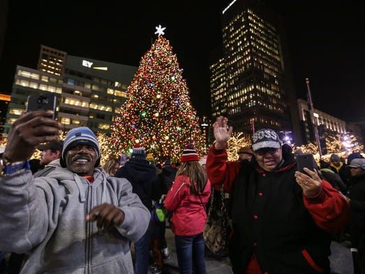 phillip harrison of detroit and his wife amelia harrison - Christmas Tree Light