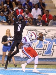 MTSU's Jeremy Cutrer (8) was drafted on Saturday.