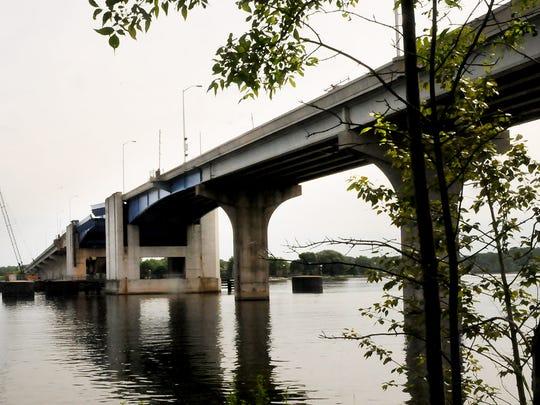 Bayview Bridge/Wisconsin 54, crossing Sturgeon Bay Canal.