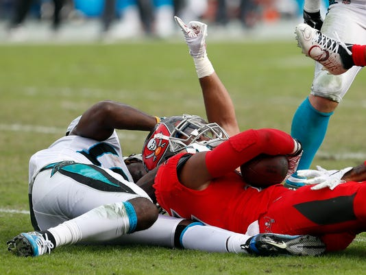 Panthers_Buccaneers_Football_20377.jpg
