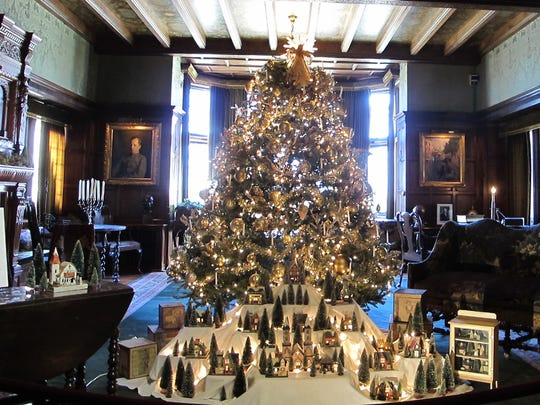 Stan Hywet Hall & Gardens has the best holiday historic