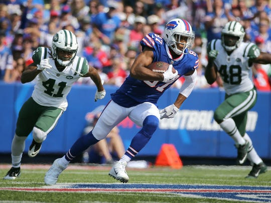 Bills receiver Jordan Matthews will miss about a month with a broken thumb.