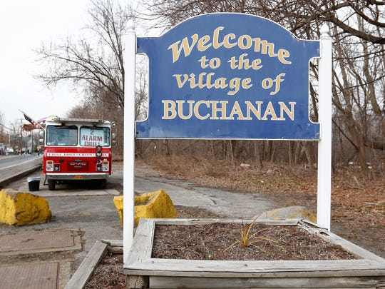 A food truck sits on the border of Montrose and the Village of Buchanan. Tuesday, February 21, 2017.