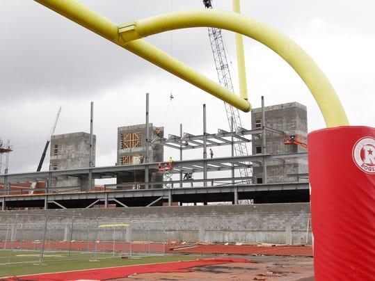 -Governors Stadium 03.jpg_20140328.jpg