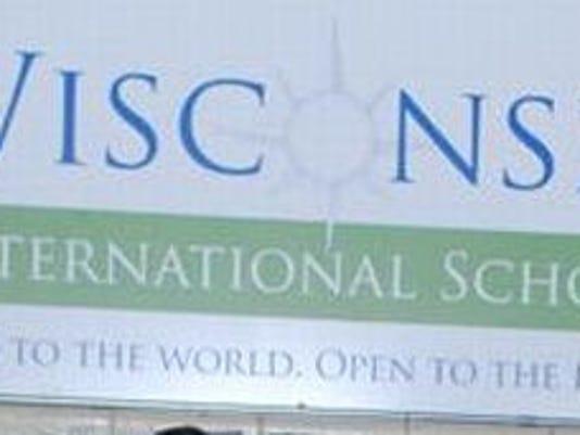 DPJ 0307 News In The Schools photo 2.jpg