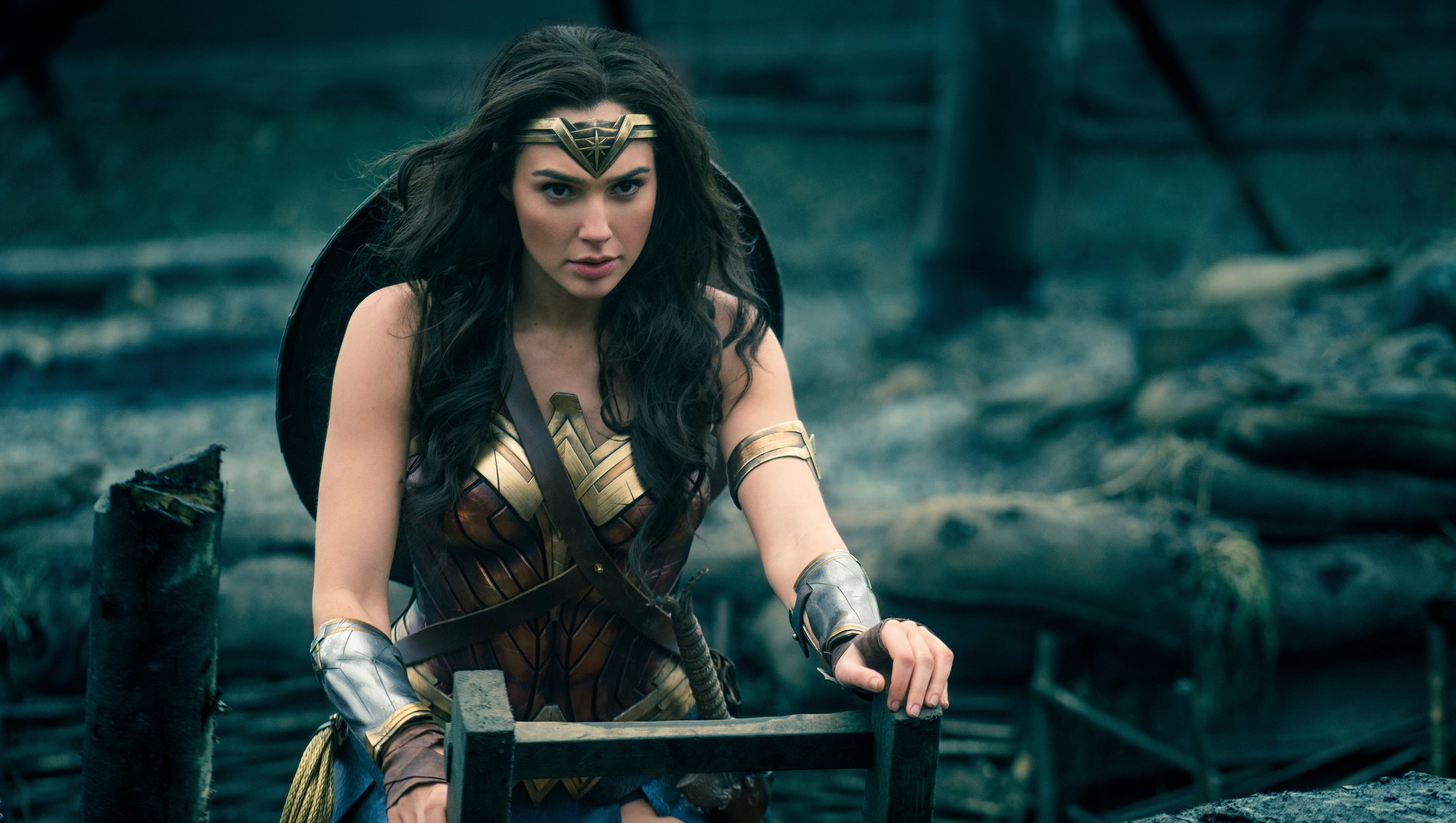 wonder woman why are women crying when they watch diana