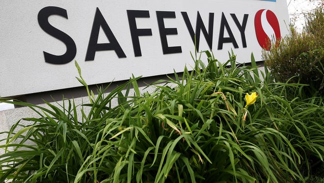 Safeway is closing two Arizona stores.