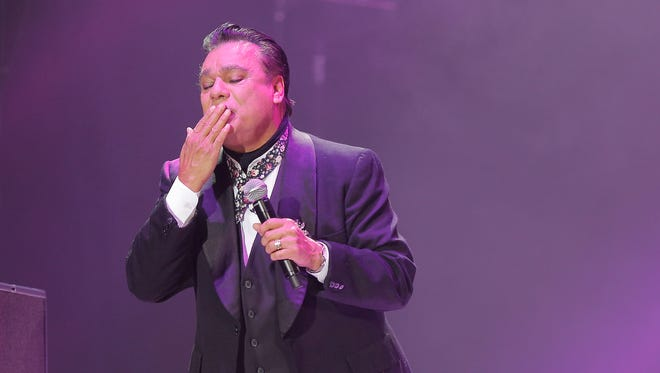 "Juan Gabriel blows a kiss to the crowd Sunday during his stop in El Paso on his ""Noa Noa"" Tour."