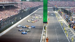The field of drivers take the green flag to start the