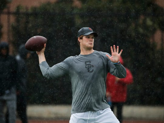 Southern California quarterback Sam Darnold throws