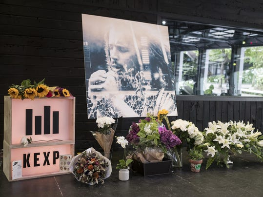 Mourners In Seattle Pay Tribute To Soundgarden's Chris Cornell