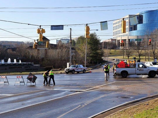 Metro Water Service crews have isolated the water main break that happened Wednesday morning.