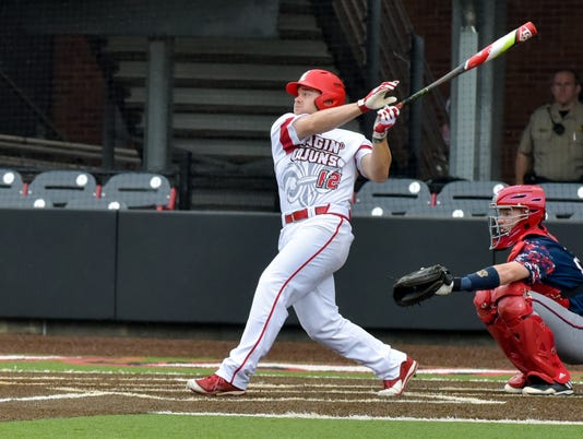 636267509583603412-Cajuns.South.Alabama.baseball.04.02-6989.jpg