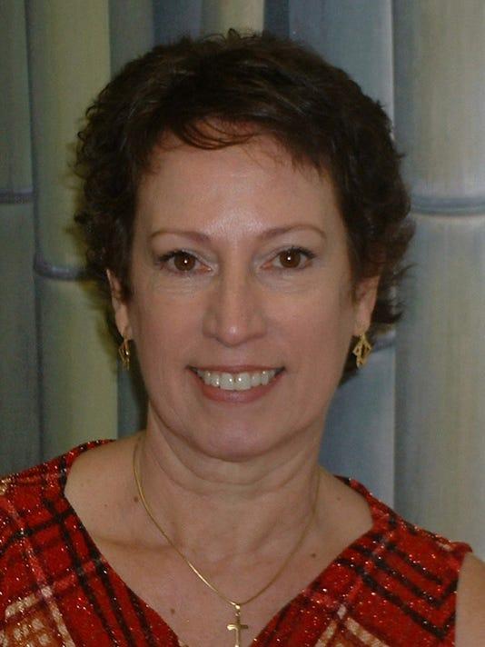 Beth-Fowler-headshot.JPG