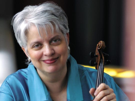 Violinist Jorja Fleezanis will perform at Ithaca College on Sunday.