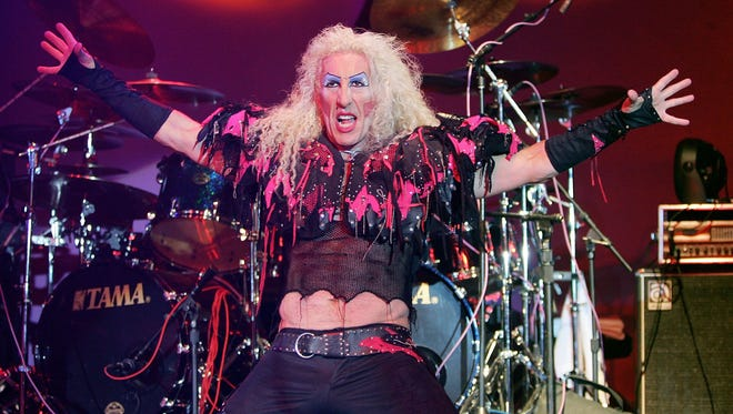 Twisted Sister singer Dee Snider performs at The Joint inside the Hard Rock Hotel & Casino September 2, 2006 in Las Vegas, Nevada.